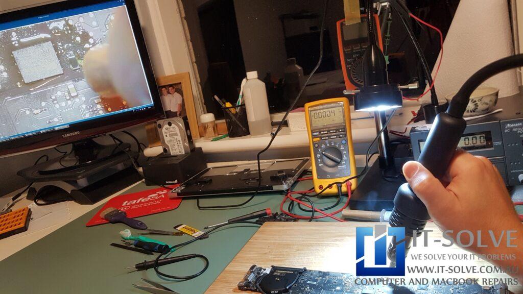 Replacing power regulator chip on Macbook Air A1466