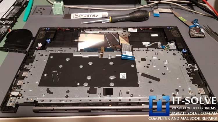 Lenovo laptop ready for the keyboard to be removed