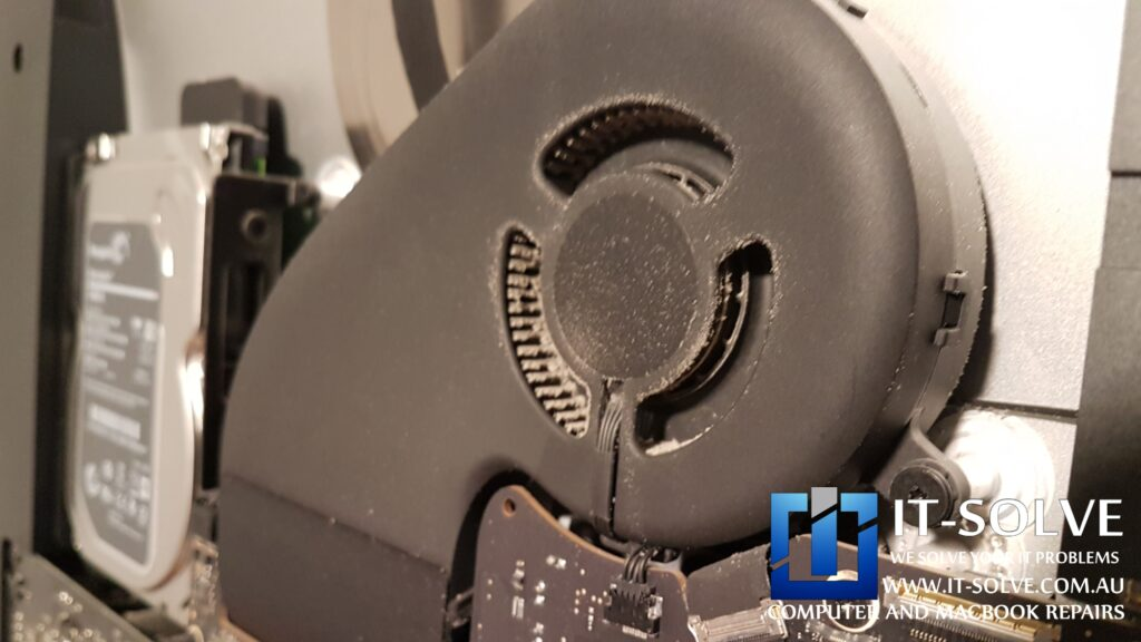 Dust collected on the fan - Slow iMac spinning wheel repair