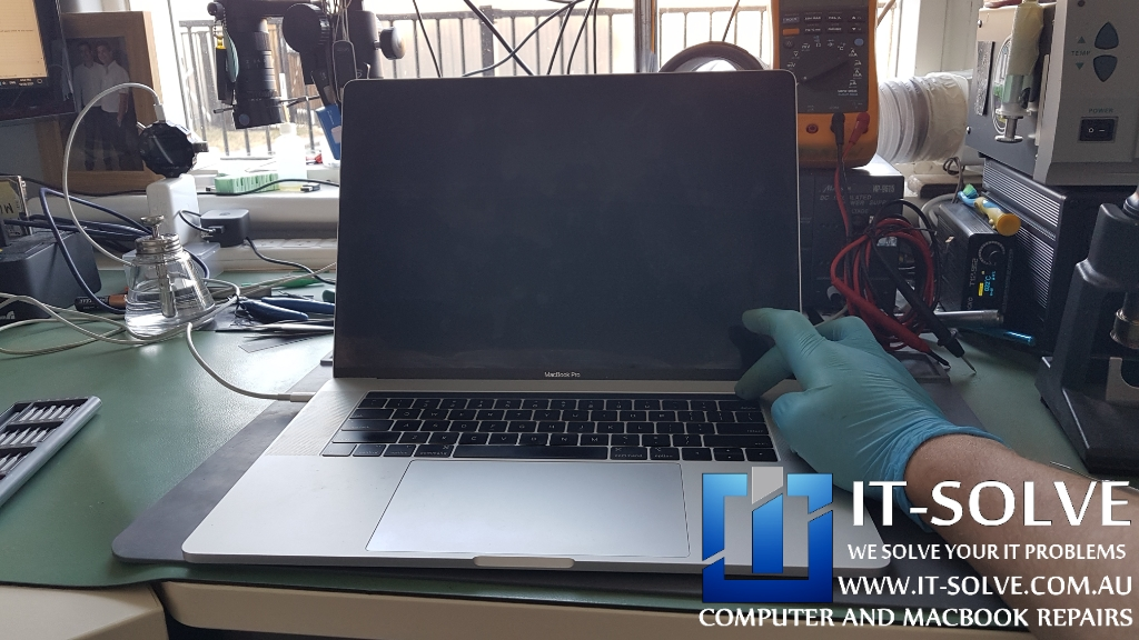 Macbook Pro A1990 water leak repair