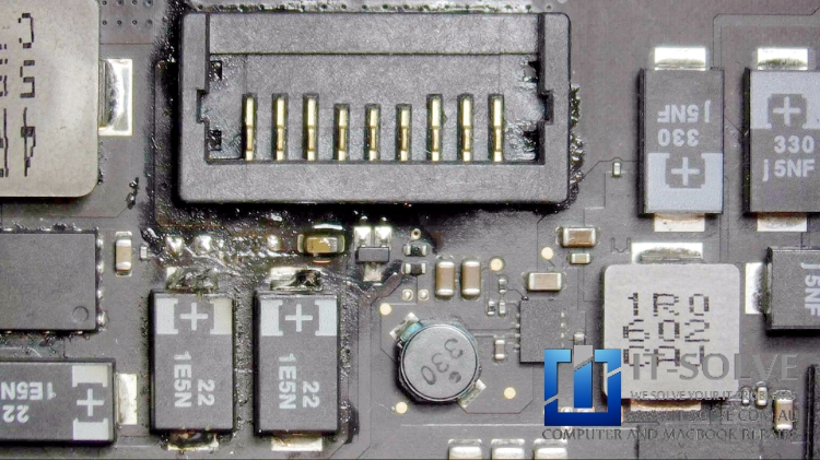 Macbook Retina water spilled repair - Replacing capacitors causing short